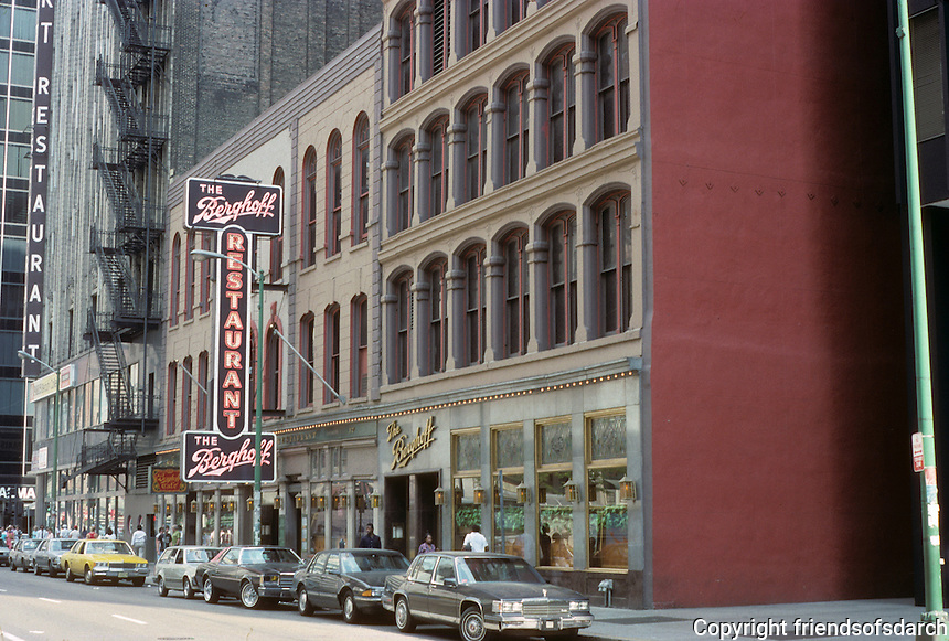 Chicago: The Berghoff Restaurant, Adams St. Photo '88.