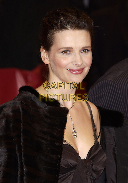 JULIETTE BINOCHE.Berlin Film Festival, Germany.07 February 2004.necklace, cleavage.sales@capitalpictures.com.www.capitalpictures.com.©Capital Pictures