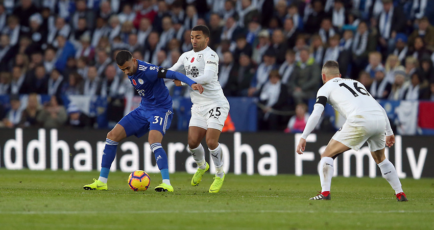 Leicester City's Rachid Ghezzal shields the ball from Burnley's Aaron Lennon<br /> <br /> Photographer Stephen White/CameraSport<br /> <br /> The Premier League - Saturday 10th November 2018 - Leicester City v Burnley - King Power Stadium - Leicester<br /> <br /> World Copyright © 2018 CameraSport. All rights reserved. 43 Linden Ave. Countesthorpe. Leicester. England. LE8 5PG - Tel: +44 (0) 116 277 4147 - admin@camerasport.com - www.camerasport.com