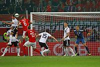 Leon Goretzka (Deutschland Germany) klaert - 02.06.2018: Österreich vs. Deutschland, Wörthersee Stadion in Klagenfurt am Wörthersee, Freundschaftsspiel WM-Vorbereitung