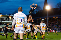 Josh Bayliss of Bath Rugby wins the ball at a lineout. Heineken Champions Cup match, between Bath Rugby and Wasps on January 12, 2019 at the Recreation Ground in Bath, England. Photo by: Patrick Khachfe / Onside Images
