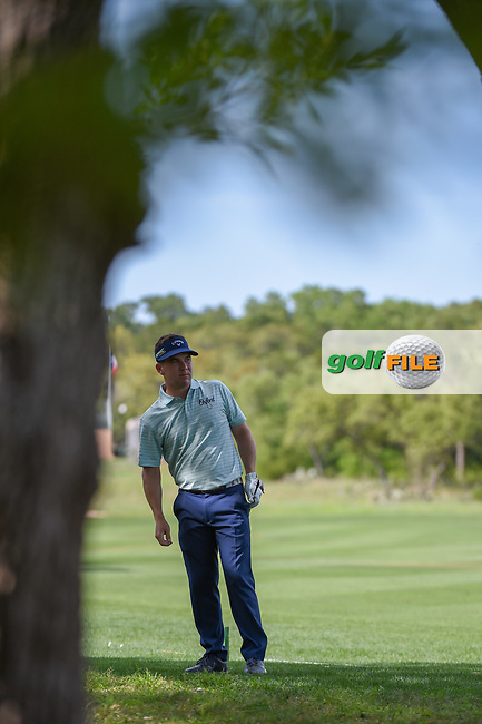 Chase Wright (USA) hits his approach shot on 1 during day 1 of the Valero Texas Open, at the TPC San Antonio Oaks Course, San Antonio, Texas, USA. 4/4/2019.<br /> Picture: Golffile | Ken Murray<br /> <br /> <br /> All photo usage must carry mandatory copyright credit (© Golffile | Ken Murray)