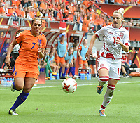 20170806 - ENSCHEDE , NETHERLANDS : Dutch Shanice van de Sanden (L) and Danish Cecilie Sandvej (R)  pictured during the female soccer game between The Netherlands and Denmark  , the final at the Women's Euro 2017 , European Championship in The Netherlands 2017 , Sunday 6th of August 2017 at Grolsch Veste Stadion FC Twente in Enschede , The Netherlands PHOTO SPORTPIX.BE | DIRK VUYLSTEKE