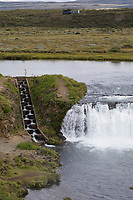 Faxi-Wasserfall, Vatnsleysufoss, Faxafoss, Fluß Tungufljót, Lachsfluß mit Fischtreppe, Fischpass, Fischwanderhilfe, fish pass