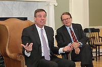 20140121_Senator Mark Warner visit the Darden School of Business