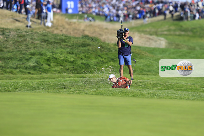 Sergio Garcia (Team Europe) chips from a bunker at the 9th green during Saturday's Foursomes Matches at the 2018 Ryder Cup 2018, Le Golf National, Ile-de-France, France. 29/09/2018.<br /> Picture Eoin Clarke / Golffile.ie<br /> <br /> All photo usage must carry mandatory copyright credit (© Golffile | Eoin Clarke)