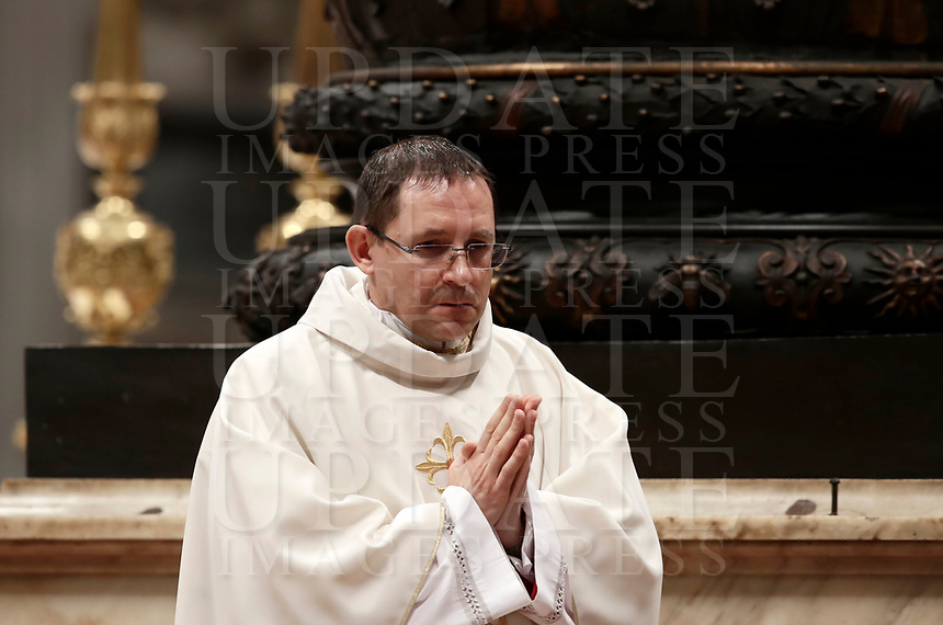 Mons. Waldemar Stanislaw Sommertag durante la sua Ordinazione Episcopale nella Basilica di San Pietro in Vaticano, 19 marzo 2018.<br /> Mons. Waldemar Stanislaw Sommertag during his Episcopal Ordination conducted by Pope Francis at Saint Peter's Basilica at the Vatican on March 19, 2018. on March 19, 2018. UPDATE IMAGES PRESS/Isabella Bonotto<br /> <br /> STRICTLY ONLY FOR EDITORIAL USE