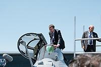 EMMANUEL MACRON, ERIC TRAPPIER (PRESIDENT-DIRECTEUR GENERAL DU GROUPE DASSAULT AVIATION) - LE PRESIDENT EMMANUEL MACRON VISITE LE 52E SALON AERONAUTIQUE DU BOURGET, LE BOURGET, PARIS, FRANCE, LE 19/06/2017.