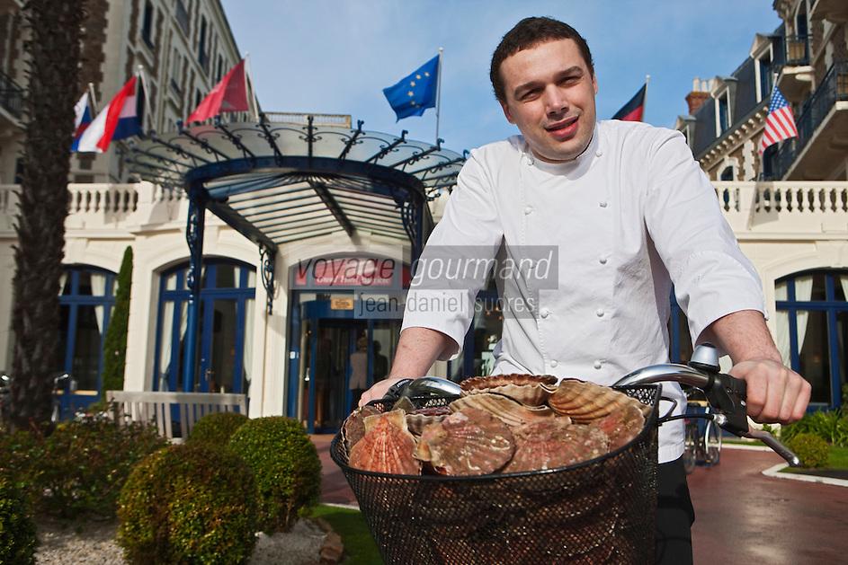 Europe/France/Bretagne/35/Ille et Vilaine/ Dinard:  Bruno Vitrac chef du restaurant Le Blue B au Grand Hôtel Barrière [Non destiné à un usage publicitaire - Not intended for an advertising use]