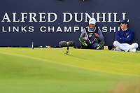 Harry Diamond (Caddy) and Rory McIlroy (NIR) having a rest on the 17th tee during Round 3 of the Alfred Dunhill Links Championship 2019 at St. Andrews Golf CLub, Fife, Scotland. 28/09/2019.<br /> Picture Thos Caffrey / Golffile.ie<br /> <br /> All photo usage must carry mandatory copyright credit (© Golffile | Thos Caffrey)