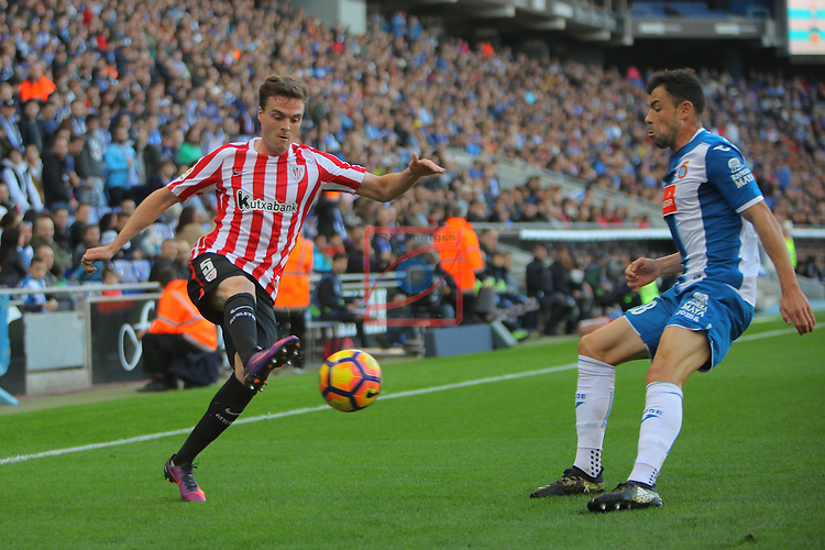 League Santander 2016/2017. Game: 11.<br /> RCD Espanyol vs Athletic Club: 0-0.<br /> Javier Eraso vs Javi Fuego.