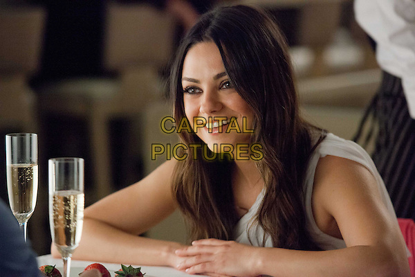 MILA KUNIS.in Ted (2012) .*Filmstill - Editorial Use Only*.CAP/FB.Supplied by Capital Pictures.