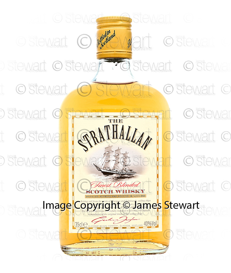 15/09/2010   Copyright  Pic : James Stewart.009_strathallan_  .:::  GLASGOW WHISKY LIMITED:: STRATHALLAN 35CL ::