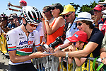 Daryl Impey (RSA) Mitchelton-Scott with fans at sign on before the start of Stage 4 of the 2018 Tour de France running 195km from La Baule to Sarzeau, France. 10th July 2018. <br /> Picture: ASO/Alex Broadway | Cyclefile<br /> All photos usage must carry mandatory copyright credit (&copy; Cyclefile | ASO/Alex Broadway)