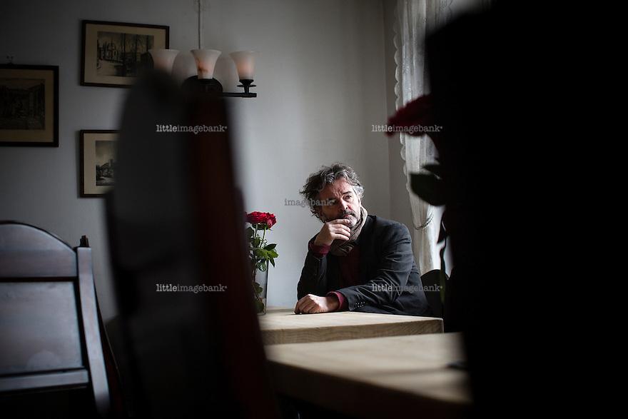 Oslo, Norge, 16.01.2015. Truls Olaf Lie (født 19. november 1957) er en norsk avismann og IT-gründer. Han tar over etter Dag Herbjørnsrud som redaktør i Ny Tid. Han har blant annet vært eier av og ansvarlig redaktør for Morgenbladet, og ansvarlig redaktør for den skandinaviske utgaven av månedsavisen Le Monde diplomatique. Foto: Christopher Olssøn.