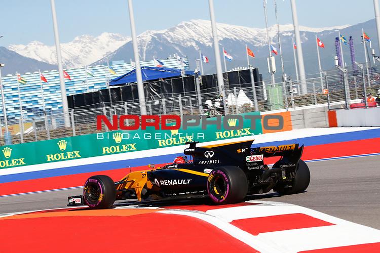 28.04.2017, Sochi Autodrom, Sochi, FORMULA 1 VTB RUSSIAN GRAND PRIX,  28.04. - 30.04.2017<br /> Nico H&uuml;lkenberg (GER#27), Renault Sport F1 Team<br /> <br /> <br /> <br /> Foto &copy; nordphoto / Bratic