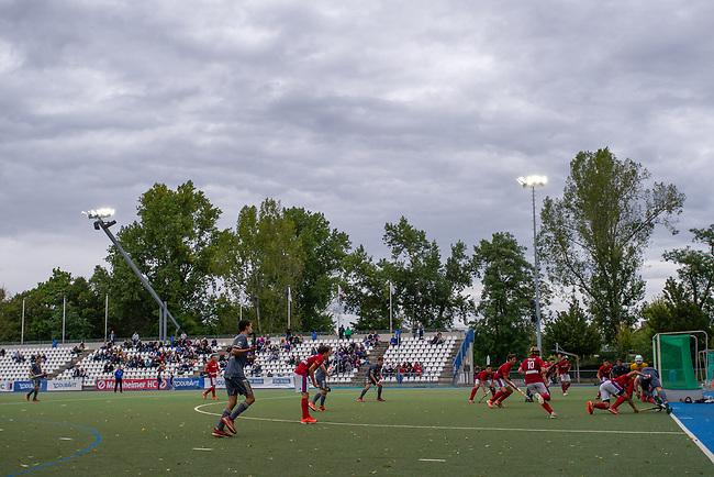 Mannheim, Germany, September 29: During the 1. Bundesliga men fieldhockey match between Mannheimer HC (red) and Rot-Weiss Koeln (grey) on September 29, 2019 at Am Neckarkanal in Mannheim, Germany. Final score 3-3 (HT 3-1). (worldsportpics Copyright Dirk Markgraf) ***