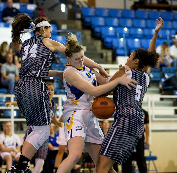 August 11, 2016:  Action during a women's basketball game between the University of British Columbia Thunderbirds and the Florida Atlantic University Owls at War Memorial Gymnasium, University of British Columbia, Vancouver, BC, Canada.<br /> <br /> ****(Photo by Bob Frid/UBC Thunderbirds 2016 All Rights Reserved****