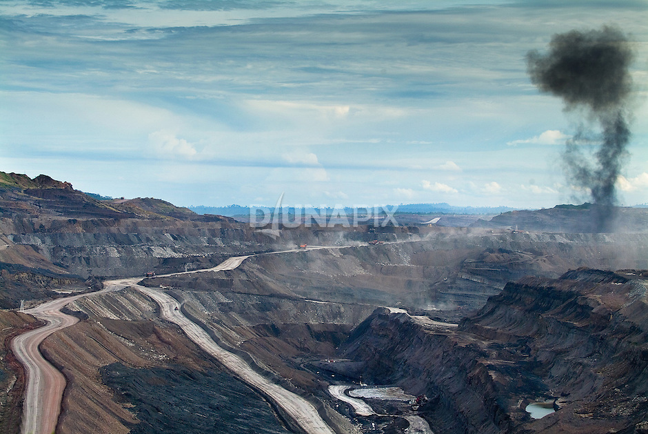 Kaltim Prima Coal mine operations, Sangatta. This mine supplies the export facility at Tanjung Bara.