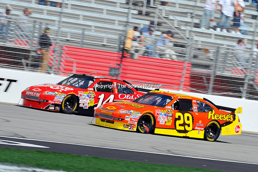 Mar 08, 2009; 2:14:48 PM; Hampton, GA, USA; NASCAR Sprint Cup Series race for the Kobalt Tools 500 at the Atlanta Motor Speedway.  Mandatory Credit: (thesportswire.net)