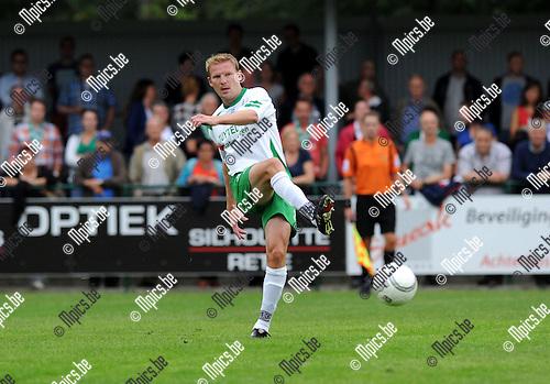 2013-08-17 / Voetbal / seizoen 2013-2014 / Dessel Sport - Zwarte Leeuw / Joris Van Hout<br /><br />Foto: Mpics.be