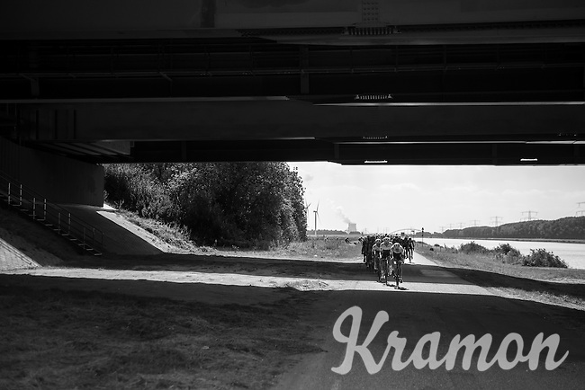 under the bridge<br /> <br /> 91st Schaal Sels 2016