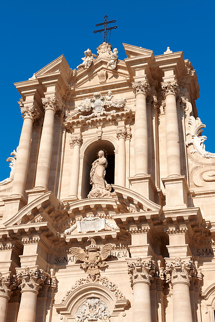 The High Sicilian Baroque Duomo (cathedral) , designed by architect Andrea Palma in 1725–1753.  Syracuse ( Siracusa) , Sicily
