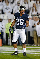STATE COLLEGE, PA - OCTOBER 21:  Penn State RB Saquon Barkley (26) smiles and laughs during warm ups. The Penn State Nittany Lions defeated the Michigan Wolverines 42-13 on October 21, 2017 at Beaver Stadium in State College, PA. (Photo by Randy Litzinger/Icon Sportswire)