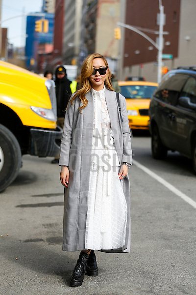 Street style<br /> New York Fashion Week _ Inverno 2016<br /> foto: Leo Faria/ FOTOSITE