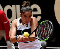 BOGOTÁ-COLOMBIA, 09-04-2019: Sara Sorribes de España, devuelve la bola a Christina Mchale de Estados Unidos, durante partido por el Claro Colsanitas WTA, que se realiza en el Carmel Club en la ciudad de Bogotá. / Sara Sorribes from Spain returns the ball to Christina Mchale from United States, during a match for the WTA Claro Colsanitas, which takes place at Carmel Club in Bogota city. / Photo: VizzorImage / Luis Ramírez / Staff.