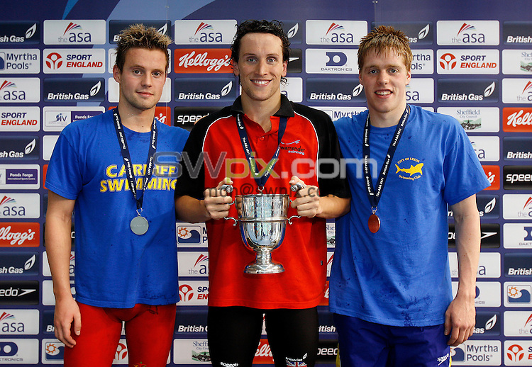 PICTURE BY VAUGHN RIDLEY/SWPIX.COM...Swimming - ASA National Swimming Championships 2011- Ponds Forge, Sheffield, England - 16/06/11... Men's 400m Individual Medley Final - (L-R) - Silver - Thomas Haffield, Gold - Lewis Smith, Bronze - Matthew Allison.