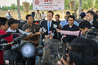 3 April, 2014 - Kampong Chhnang (Cambodia).  U.S. Ambassador William E. Todd talks with the press at the CMAC training center in Kampong Chhnang during the Mine Action Demonstration Day 2014. © Thomas Cristofoletti / Ruom