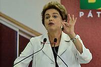 BRASÍLIA, DF, 30.03.2016 – AGENDA-DILMA – A presidente Dilma Rousseff durante Cerimônia de lançamento do Programa Minha Casa Minha Vida 3, na manhã desta quarta-feira, 30, no Palácio do Planalto em Brasília. (Foto: Ricardo Botelho/Brazil Photo Press)