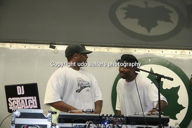 DJ Premier vs. DJ Scratch w/ DJ Evil Dee @ Red Hook Park, Brooklyn