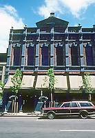 Honolulu: O'Toole's, Nuuanu Ave.  Photo '82.