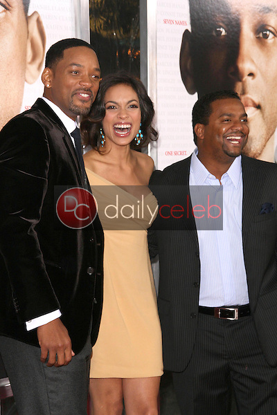 Will Smith with Rosario Dawson and Alfonso Ribeiro <br /> at the Los Angeles Premiere of 'Seven Pounds'. Mann Village Theatre, Westwood, CA. 12-16-08<br /> Dave Edwards/DailyCeleb.com 818-249-4998