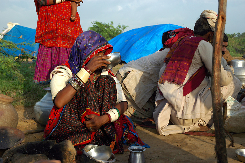 Maldhari nomad camp..Michael BEnanav - mbenanav@gmail.com