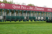 October 07, 2018, Longchamp, FRANCE - Starting gate for the Prix de l'Arc de Triomphe at ParisLongchamp Race Course  [Copyright (c) Sandra Scherning/Eclipse Sportswire)]