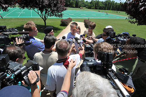 Ashburn, VA - June 11, 2008 -- Washington Redskins Head Coach Jim Zorn meets the press following an organized team activity (OTA) that is part of his team's preparations for the 2008 National Football League season at their training facility, Redskins Park in Ashburn, Virginia on Wednesday, June 11, 2008..Credit: Ron Sachs / CNP