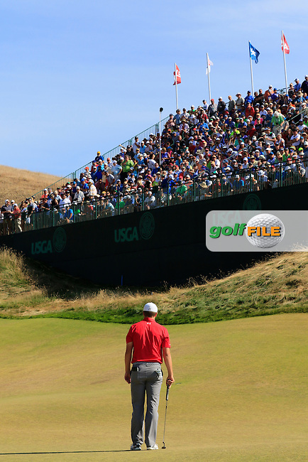 Jordan Speith (USA) lines up his putt on the 9th green during Saturday's Round 3 of the 2015 U.S. Open 115th National Championship held at Chambers Bay, Seattle, Washington, USA. 6/21/2015.<br /> Picture: Golffile | Eoin Clarke<br /> <br /> <br /> <br /> <br /> All photo usage must carry mandatory copyright credit (&copy; Golffile | Eoin Clarke)