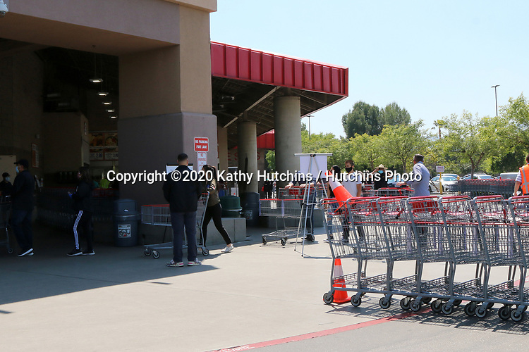 LOS ANGELES - APR 11:  Costco Entrance at the Businesses reacting to COVID-19 at the Hospitality Lane on April 11, 2020 in San Bernardino, CA