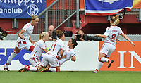 20170806 - ENSCHEDE , NETHERLANDS : Danish Nadia Nadim (9) celebrates her opening goal with her team mates pictured during the female soccer game between The Netherlands and Denmark  , the final at the Women's Euro 2017 , European Championship in The Netherlands 2017 , Sunday 6th of August 2017 at Grolsch Veste Stadion FC Twente in Enschede , The Netherlands PHOTO SPORTPIX.BE | DIRK VUYLSTEKE
