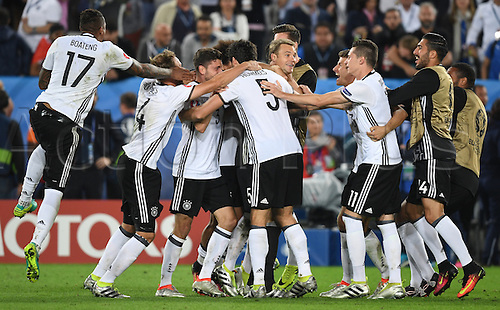 German players celebrate after the UEFA EURO 2016 quarter final soccer match between Germany and Italy at the Stade de Bordeaux in Bordeaux, France, 02 July 2016.