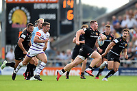 Sam Simmonds of Exeter Chiefs goes on the attack. Gallagher Premiership match, between Exeter Chiefs and Leicester Tigers on September 1, 2018 at Sandy Park in Exeter, England. Photo by: Patrick Khachfe / JMP