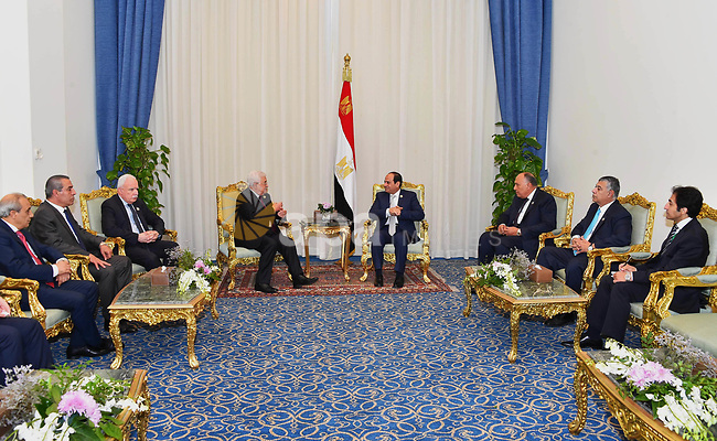 Egyptian President Abdel-Fattah al-Sisi meets with Palestinian President Mahmoud Abbas on the sidelines of the World Youth Forum in Sharm El Sheikh, Egypt, on Nov. 6, 2017. Photo by Egyptian President Office