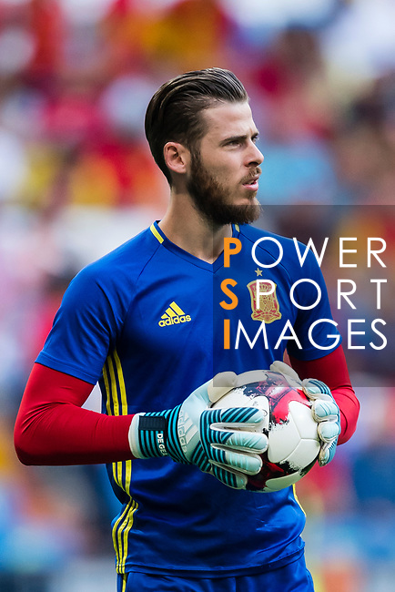 David De Gea of Spain warming during their 2018 FIFA World Cup Russia Final Qualification Round 1 Group G match between Spain and Italy on 02 September 2017, at Santiago Bernabeu Stadium, in Madrid, Spain. Photo by Diego Gonzalez / Power Sport Images