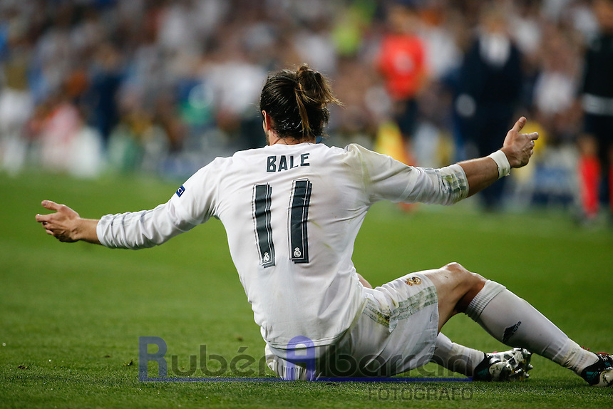 Real Madrid´s Welsh forward Gareth Bale during the UEFA Champions League match between Real Madrid and Manchester City at the Santiago Bernabeu Stadium in Madrid, Wednesday, May 4, 2016.