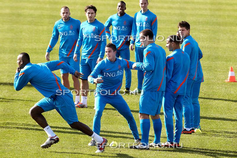 Nederland, Katwijk, 11 oktober  2012.Seizoen 2012-2013.Nederlandselftal.Training van Oranje.Douglas van Oranje in actie op de training