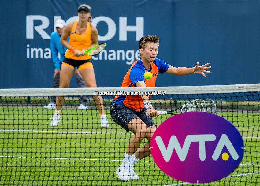 Den Bosch, Netherlands, 12 June, 2017, Tennis, Ricoh Open, Woman's doubles: Kiki Bertens (NED)/Demi Schuurs (NED) (R)<br /> Photo: Henk Koster/tennisimages.com