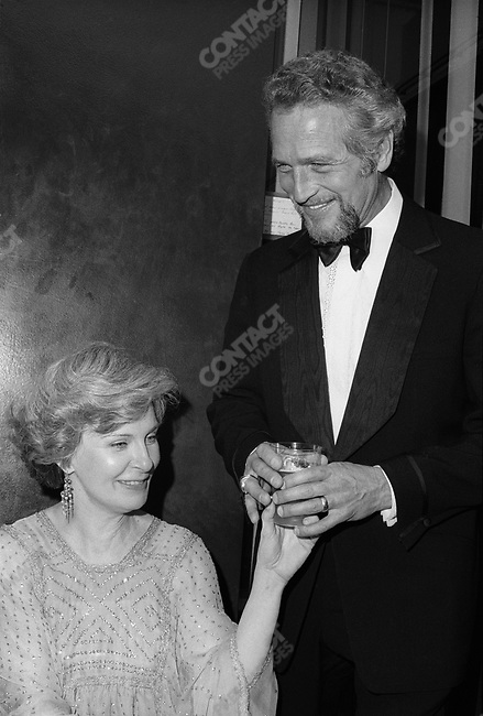 Actor Paul Newman and his wife Joanne Woodward, 1975